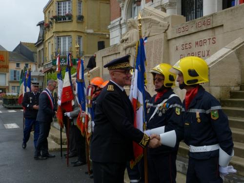 Cérémonie centenaire Verdun 05.206 014.jpg