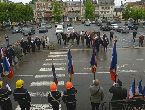 Cérémonie centenaire Verdun 05.206 005.jpg