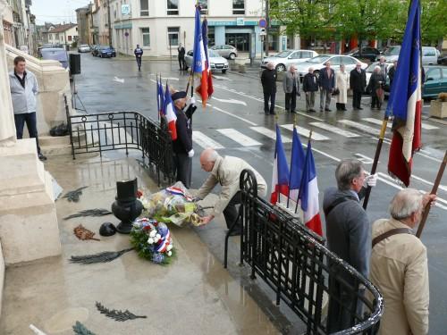 Cérémonie libération des camps 04.2012 009.jpg