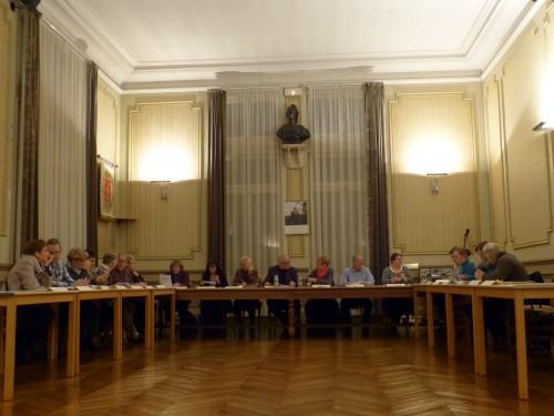 conseil municipal,vouziers,rythmes scolaires,véolia,affermage,régie directe